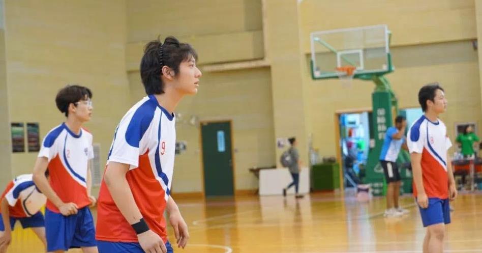 排球队 Volleyball Team